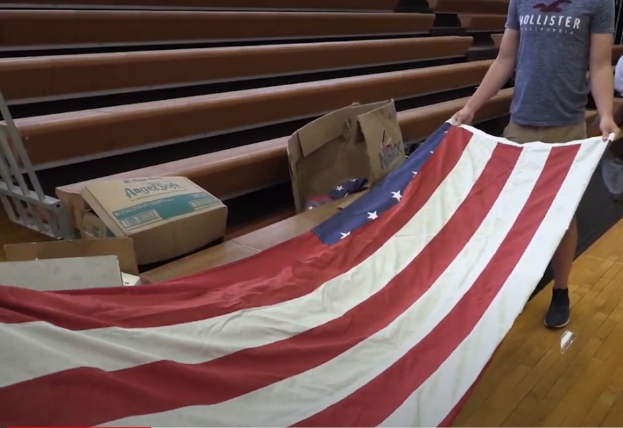 Flag+Folding